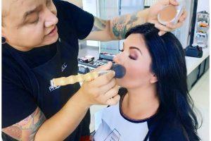 Aviña Hairdresser-1